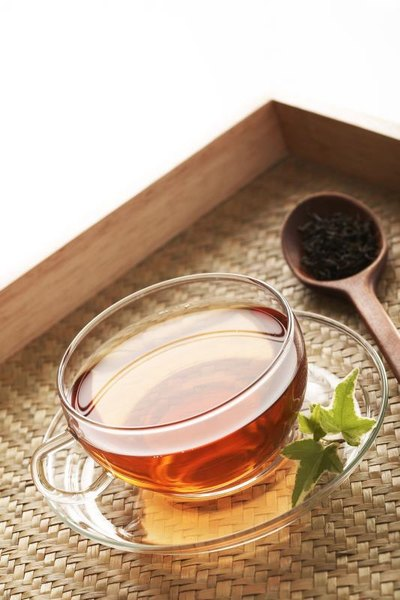 What Are the Side Effects of Drinking Tea?