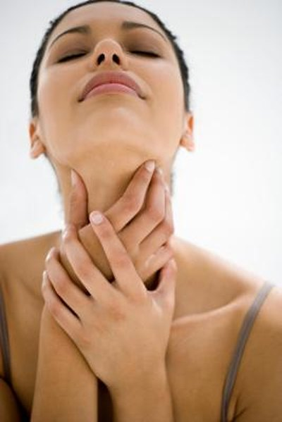 Causes of an Earache and Sore Throat