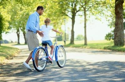 What Size Bike Does a Child Need? | LIVESTRONG.COM