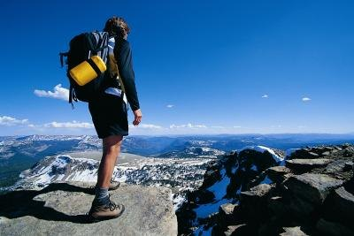 What Are the Benefits & Disadvantages of Hiking?