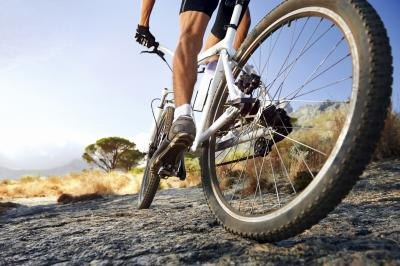 Is Biking OK When Healing From a Pulled Hamstring?