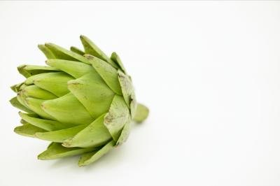 How to Cook an Artichoke on the Stove
