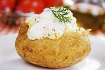 Calories in a Baked Potato With Butter & Sour Cream