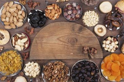 Nutritional Value of Dried Fruits & Nuts