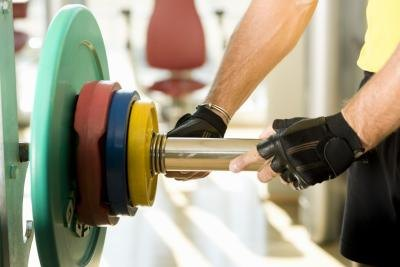 The Differences Between Pendlay Rows & Barbell Rows