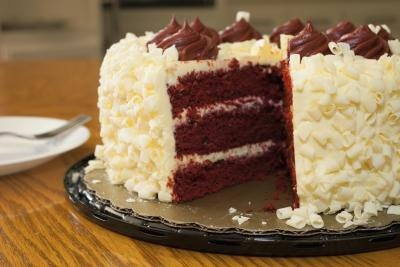 Tricks for Baking a Red Velvet Cake From a Box