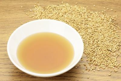 What Does Sesame Oil Do Topically to the Eye Skin Area?