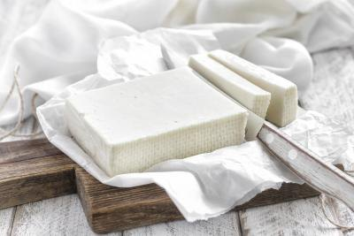 Can Pregnant Women Eat Feta Cheese?