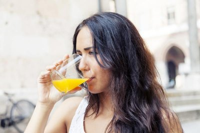 Can Multivitamins Be Taken With Orange Juice?