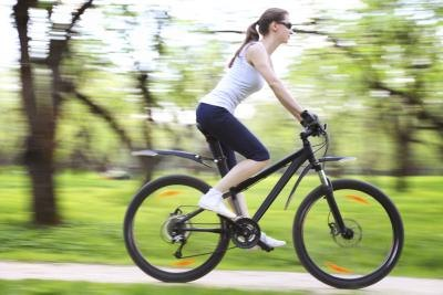 Cycling vs. Elliptical for Damaged Knees