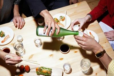How Many Calories Are in Sake Alcohol?