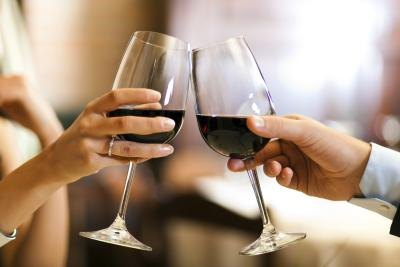 What Are the Health Benefits of Red Wine for Clearing Mucus?