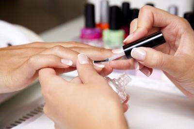 The Best Way to Strengthen Fingernails
