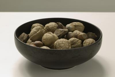 Can You Eat Nuts If You Have Diverticulitis?