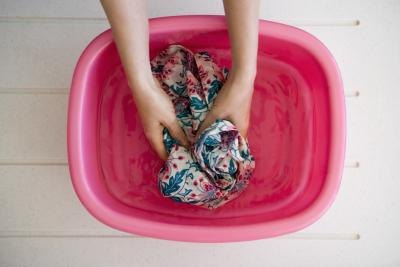 How to Soak Workout Clothes