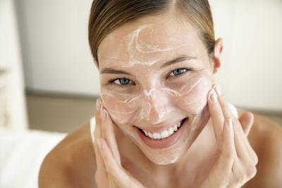 Natural Remedies for a Facial Breakout & Dry Skin