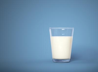 Healthiest Milk to Drink if You Want to Lose Weight
