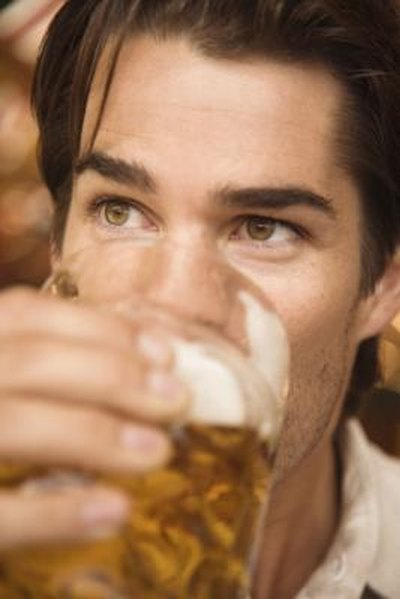 Can Drinking Alcohol Cause a Sore Throat?