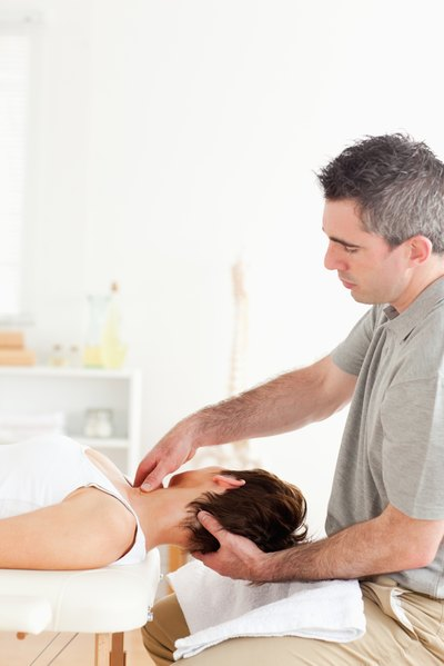 Chiropractic for a Reverse Curve of the Neck