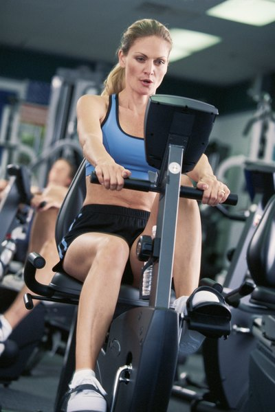 How to Do Cardio Exercise Without Hurting Your Knees