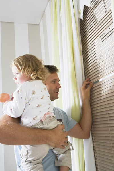How to Tie a Window Blind for Child Safety
