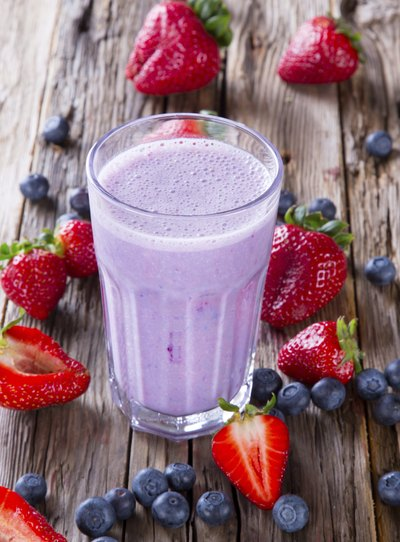 Protein Shakes for Women to Lose Weight | LIVESTRONG.COM