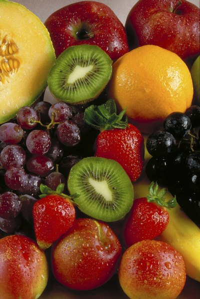 Foods high in glucose, such as fruit, provide immediate glycogen to the muscles to fuel running.