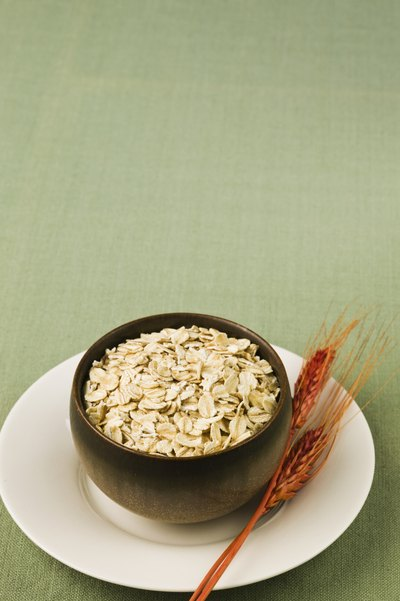 Oatmeal Diet to Relieve Bloating