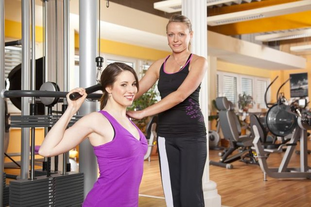 Latissimus Dorsi Exercises for Women to Lose Weight