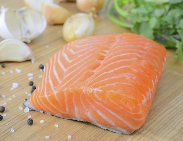 How Do I Know When Salmon Has Gone Bad?