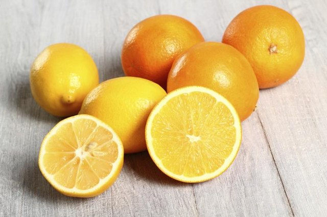 Nutritional Facts of Oranges & Lemons