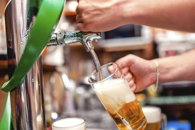 Which Is Healthier: Beer or Hard Alcohol?