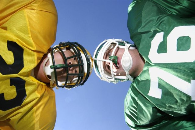Can You Play Football With a Repaired Herniated Lumbar Disk?