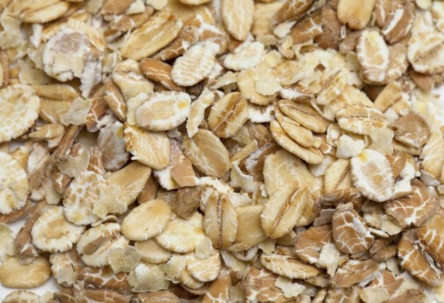 the nutritional value of instant oats vs rolled oats
