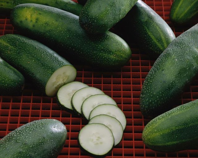 How to Prepare Cucumbers