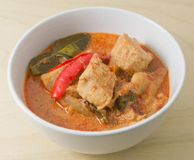 Calories in Red Curry Sauce