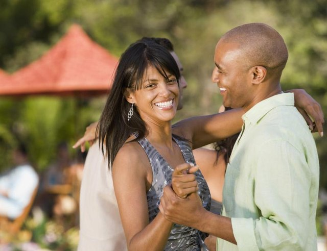 How to Date a Recovered Alcoholic