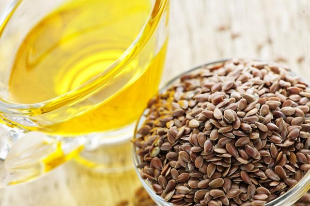How Much Flax Seed Oil Should I Use Per Day?