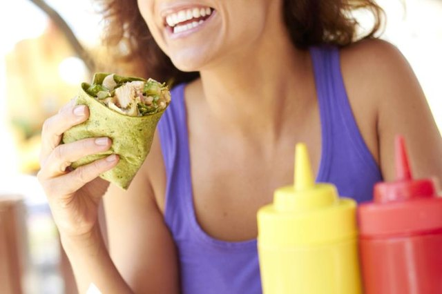 The Nutrition in a Grilled Chicken Wrap on a Spinach Tortilla
