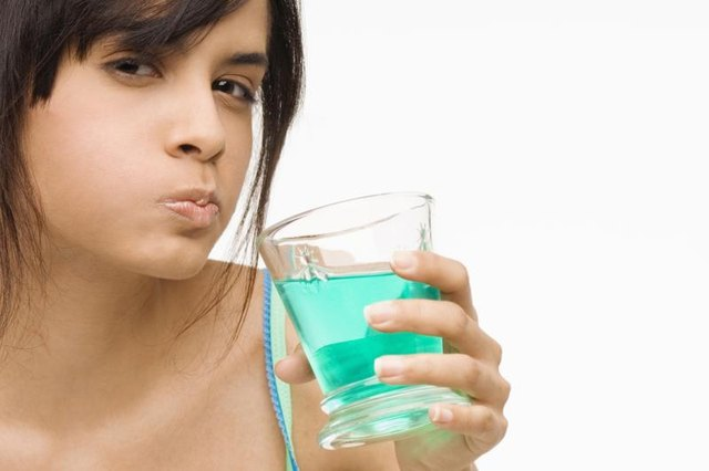 Active Ingredients in Scope Mouthwash