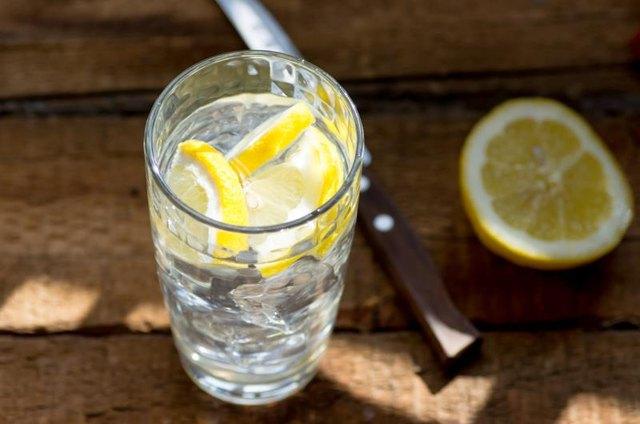 نتيجة بحث الصور عن Drink one cup of this before going to bed to burn belly fat