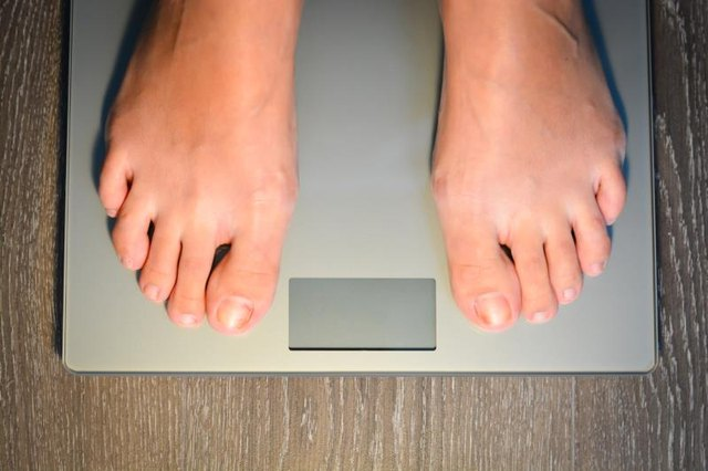 The Percentage of People Who Regain Weight After Rapid Weight Loss and the Risks of Doing So