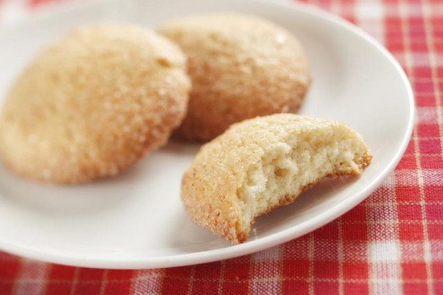 How Many Calories Are in Snickerdoodle Cookies?