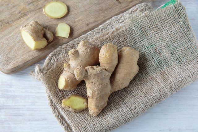 Does Ginger Root Decrease a Woman's Menstruation Cycle?
