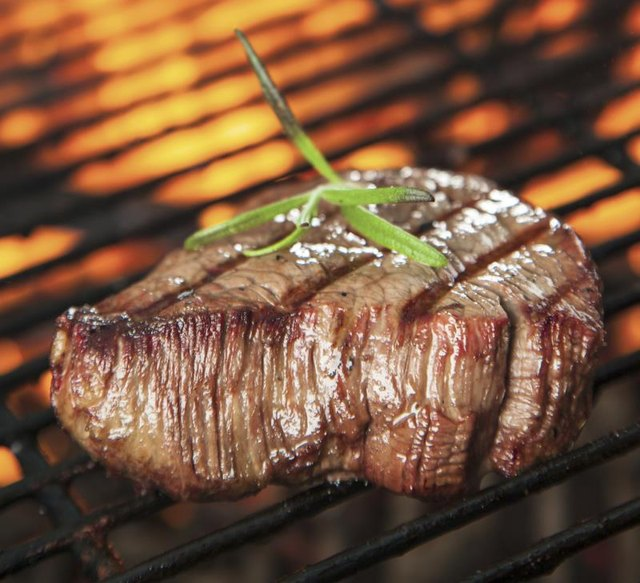 How to Grill a Whole Filet Mignon