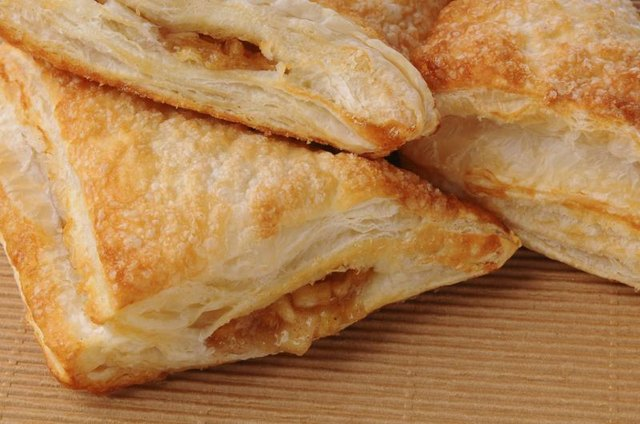 Calories in Apple Turnovers