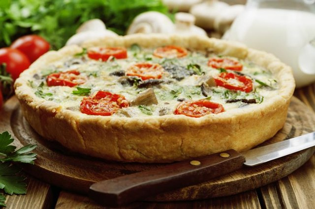Do You Cook the Crust Before Filling a Quiche?