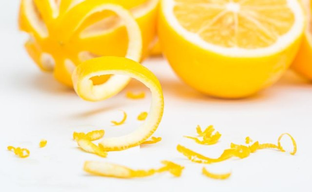 Vitamins in Sweet Lemons
