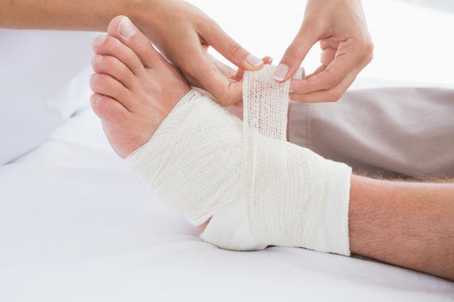 4 Ways to Tell if an Ankle is Wrapped too Tight