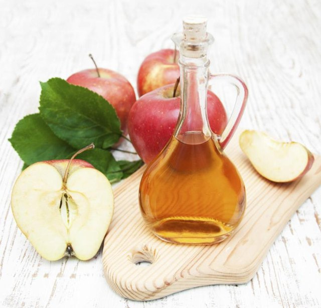 Medical Benefits of Vinegar & Honey